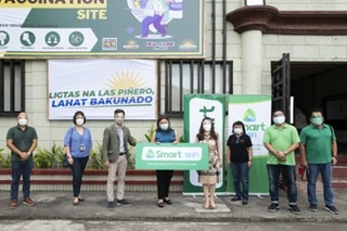 Smart rolls out fast, free Smart WiFi in Las Piñas