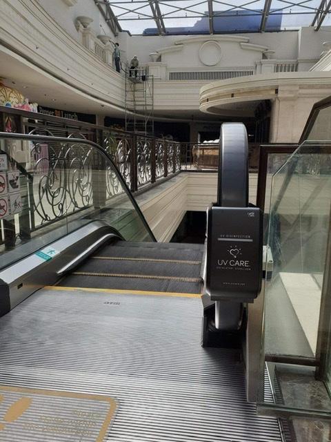 escalator sterilizer