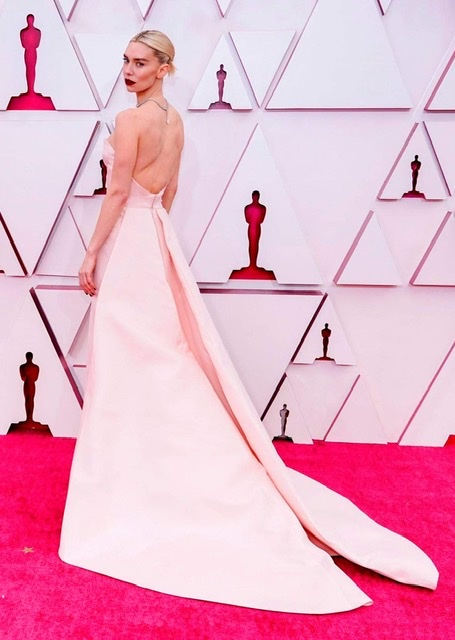 GUCCI DRESSES VANESSA KIRBY, EMERALD FENNELL, STEVEN YEUN, AND MORE FOR THE 93RD ANNUAL ACADEMY AWARDS