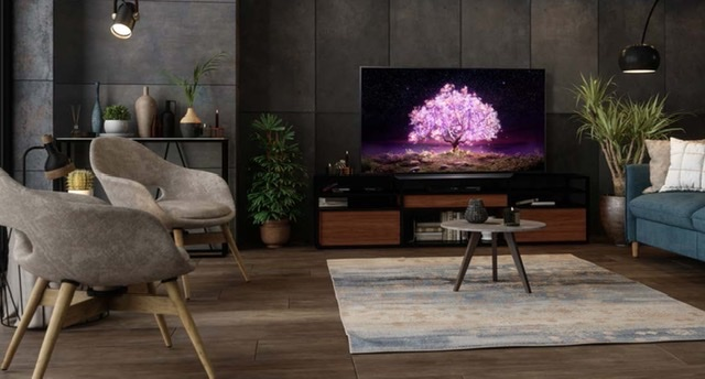 GET A TRUE CINEMATIC EXPERIENCE AT THE COMFORT OF YOUR OWN WITH LG OLED TV AND DOLBY