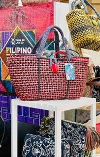 Ayala Malls and the Philippine Fashion Coalition Collaborates with DamaKoLahiKo at the Filipino Fashion Fair