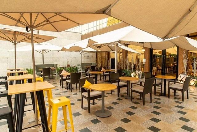 IN THIS SEASON OF AL FRESCO DINING, CITY OF DREAMS MANILA HITS THE SPOT