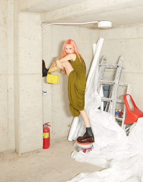 LOEWE ANNOUNCES HyunA AS GLOBAL AMBASSADOR