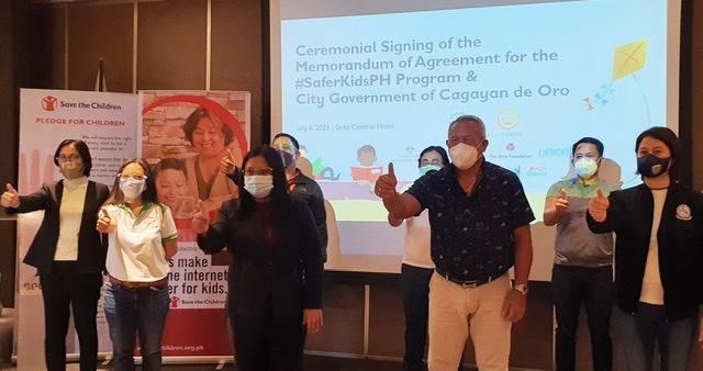 PLDT and Smart support CDO MOA Signing for SaferKidsPH