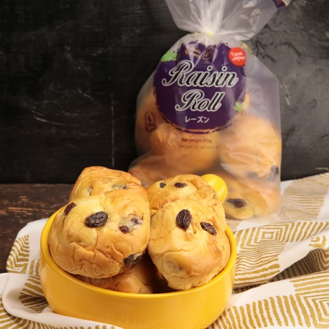 Let GOLD Series by Fuwa Fuwa Brighten Up Your Day with the Raisin Loaf and Roll