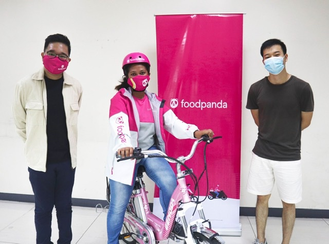 Viral Lady Biker's bike gets stolen, receives new e-bike from foodpanda and Bmart